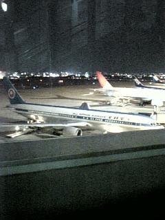 福岡空港の夜