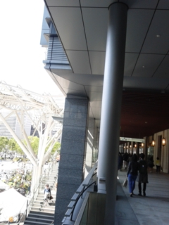 博多駅2階の新たな回廊