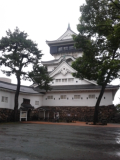 広場から見た小倉城