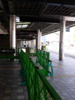 地下鉄への通路は