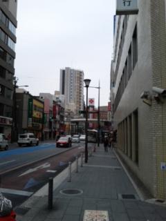 この通りを…